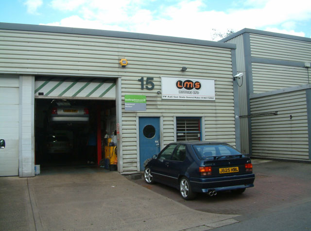 LMS garage in Oxford offering finest MOT testing